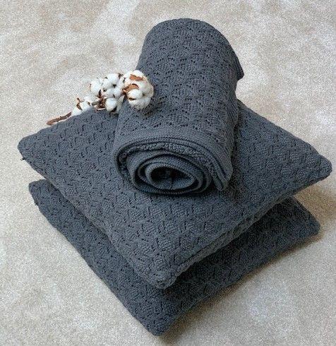 pletený polštář a deka